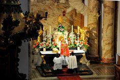 Una Voce Austria  In Festo S. Marci Evangelistæ — at Wiener Karlskirche.   Missa cantata die 25 aprilis año Dñi 2017 apud ædem S. Caroli Borromæi vindobonæ sitam celebrata.