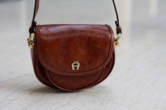 Aigner leather shoulder Bag przed i po renowacji SkinMyWay