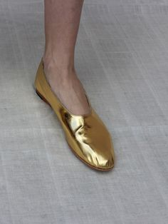 GLOVE SHOE, GOLD
