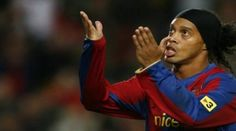 Akhirnya Ronaldinho Kembali Lagi ke Barcelona