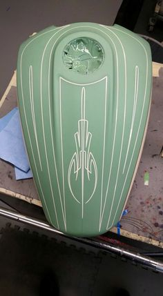 Trendy motorcycle custom paint tanks old school Custom Paint Motorcycle, Motorcycle Tank, Pinstripe Art, Motos Harley Davidson, Pinstriping Designs, Paint Stripes, Teal Paint, Custom Paint Jobs, Custom Cars