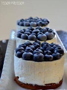 Une recette réconfortante, rapide et inratable ? Vous avez gagné, vous êtes au bon endroit !! Aller on file en cuisine… Pour 3 Cheesecakes de 9 cm de diamètre Vous avez besoin de : – Pour les palets bretons : . 2 jaunes d'œufs . 80g de beurre salé mou . 80g de sucre .… Read More Cheesecake à la vanille et aux myrtilles…