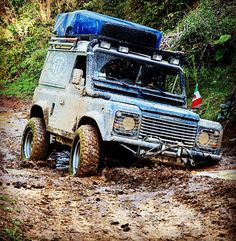 Land Rover Defender 90 Tdi Hard top extreme sports wrong... Off road.