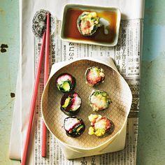 Sushi mit Roter Bete und Avocado