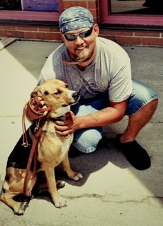 Disabled as a result of an injury during service, an Air Force veteran started his long healing journey – alone. But a sweet, shy hound in a prison dog training program changed everything, and the pair works daily to put their sad pasts behind them... https://petsforpatriots.org/disabled-air-force-veteran-and-prison-dog-put-hard-times-behind-them/