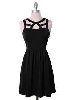 Cage Neckline Dress #LBD #dress #black #fashion #outfit #party #dinner #date #drinks