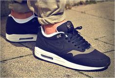 NIKE AIR MAX 1 BLACK SMOKE | Image #dental #poker