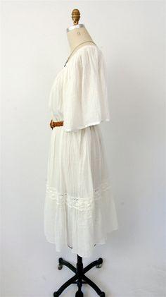 Vintage Mexican boho peasant dress / gauzy lace by hausofmirth