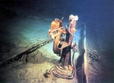 Titanic Pictures, Historic Pictures of the Titanic Underwater & Before Sank, Titanic Photos Titanic Wreck, Rms Titanic, Titanic Deaths, Titanic Underwater, Titanic History, Ancient History, Titanic Artifacts, A Night To Remember, Civil War Photos