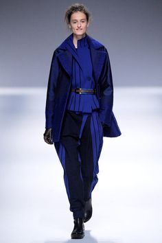 Issey Miyake Fall 2013 Ready-to-Wear Collection