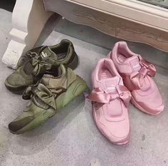 19e363bdc048 whatsapp +86 13950798011 Fenty Puma By Rihanna Fenty Collection Bow Women s  Sneaker Timberlands Shoes
