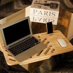 Suporte para notebook fabricado em madeira de pinus reflorestada, material ecologicamente correto