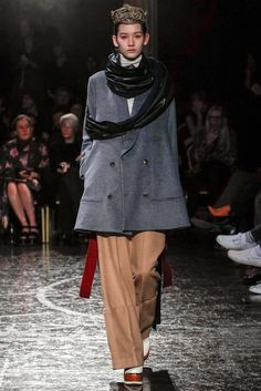 Undercover Fall 2014 Ready-to-Wear Fashion Show