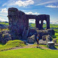 https://flic.kr/p/w6UcKf | Kendal Castle - magic spot to visit  in the Lake District.. #upsticksandgo #kendal #kendalcastle #travel #tourist #lakesdistrict #michfrost #exploring #history #cumbria #unitedkingdom #instatravel #instagood
