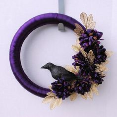DIY Halloween : DIY Ravens Wreath DIY Halloween Decor