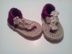 Sandalias de bebe a crochet
