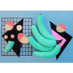 blu #bananas and geometric #pattern via olocomesolodejas.com