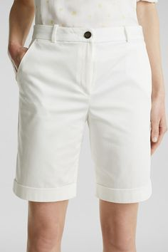 Esprit - Satinierte Bermuda mit Stretch im Online Shop kaufen Im Online, Trends, Destroyed Jeans, Stretches, White Shorts, Bermuda Shorts, Outfit, Shopping, Fashion
