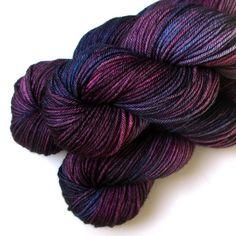 Handdyed Merino DK Light Worsted Yarn Superwash - Blueberry Pie, 250 yards