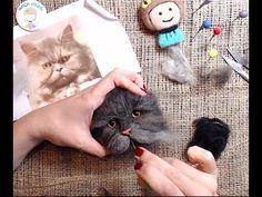 Realización de un retrato de gato en con punción de fieltro (de cabello de gato real) - Tú . Needle Felted Cat, Needle Felted Animals, Felt Animals, Needle Felting Tutorials, Wool Art, Felt Baby, Felt Patterns, Nuno Felting, Felt Dolls