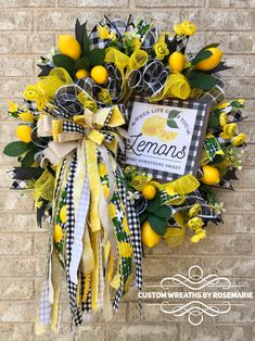 Wreaths make a great decoration for your home or as a gift for someone who appreciates and loves all things handmade by a designer. Custom Wreaths by Rosemarie helps you create beautiful, handmade wreaths for your home from Pearland, Texas. Burlap Flower Wreaths, Tulle Wreath, Deco Mesh Wreaths, Easter Wreaths, Wreath Crafts, Diy Wreath, Wreath Ideas, Lemon Wreath, Summer Wreath
