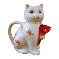 Vintage Kitty Cat Teapot