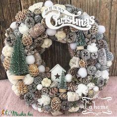 Christmas Room, Modern Christmas, Winter Christmas, Christmas Wreaths, Christmas Gifts, Xmas, Advent Wreath, Diy Wreath, Rose Gold Christmas Decorations