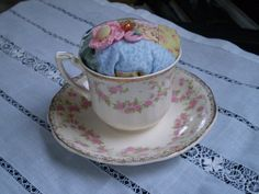 Unusual shape and extraordinary design! by Stanislavs Skupovskis on Etsy Harmony Rose, Alfred Meakin, Look What I Made, Quilt Batting, China Tea Cups, Sewing Kit, Cotton Quilts, Vintage Buttons, Pin Cushions