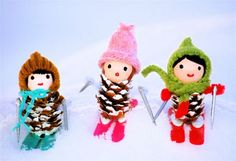 pine cone PEOPLE with knitted accessories!!