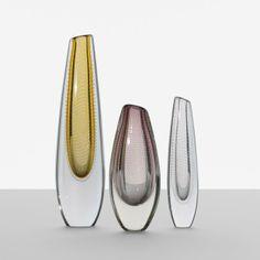 Gunnel Nyman set of three vases Nuutajarvi-Notsjo Finland, c. 1950 glass dia x h inches Incised signature t. Glass Design, Design Art, Bernard Shaw, Opaline, Scandinavian Design, Modern Contemporary, Tennessee, Glass Art, Auction