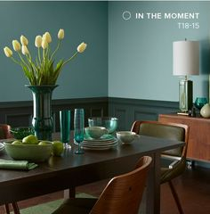 Behr Color Trends 2018 Color Sample In The Moment T18-15