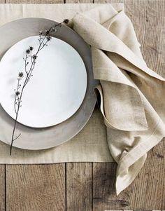 ワンプレートごはんで使用するお皿は、直径25cm以上の大きなものがおすすめ。