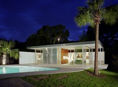 Tarrytown Pavilion serves as a pool house and also as an office, a gallery and a guesthouse.