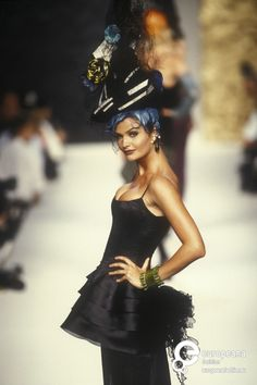 Chanel, Autumn-Winter 1992, Couture modelled by Helena Christensen