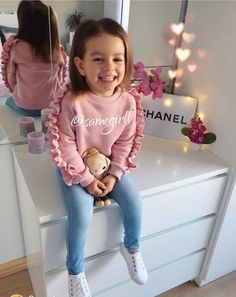 Kids Baby Girl Clothes Ruffle Tops Sweatshirt Soft Pants Outfits - The most beautiful children's fashion products Cute Little Girls Outfits, Winter Outfits For Girls, Kids Outfits Girls, Toddler Girl Outfits, Baby Outfits, Winter Clothes For Kids, Cute Girls Clothes, Toddler Girls Clothes, Stylish Baby Girls