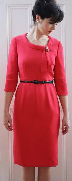 Joan dress sewing pattern: http://shop.sewoverit.co.uk/products/joan-dress-sewing-pattern