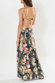 Vestido lenço floral Gabi | Farm Vestidos Vintage, Vintage Dresses, Boho Dress, Dress Skirt, Boho Fashion, Fashion Dresses, Flower Skirt, Casual Dresses, Summer Dresses