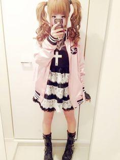 Kawaii Inspired Lolita Pastel Goth Look minus cross