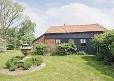 The John Fanner Barn - Cottage Holidays in Yaxley, Suffolk Offer price for 21 nights on Saturday Sat Cottages, Barn, Homes, Holidays, Outdoor Decor, Home Decor, Cabins, Converted Barn, Houses
