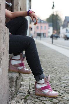 Sneaker wedge #sneakerwedge #shoe