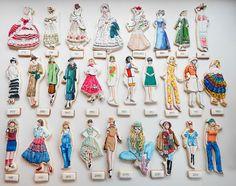 Mezesmanna images   La storia della moda in una sfilata di biscotti © Sugar Rush Custom ...