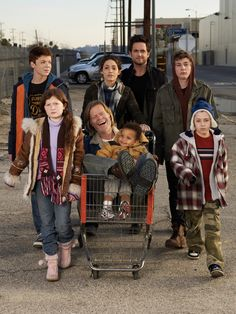 Bomchell.com | Read . Share . Comment: Shameless on Showtime (New TV Show)