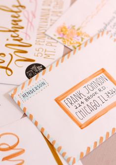 Envelope Addressing and Decorating Inspiration Using Tombow Dual Brush Pens Part 2 - Lily & Val Living Letters Ideas, Cute Letters, Mail Art Envelopes, Cute Envelopes, Decorated Envelopes, Tombow Dual Brush Pen, Letter Addressing, Addressing Envelopes, Aesthetic Letters