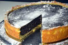 Mohnkuchen // Poppy Seed Cake in www.bittemehrdavon.com