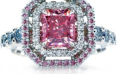 Calleija Heiress ring features a 1.43ct rare Argyle Fancy Vivid radiant cut diamond.