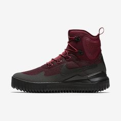 Nike Air Wild Mid Men's Shoe