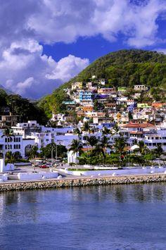 ¿Cómo no disfrutar en una ciudad como esta? Definitivamente en #Manzanillo las tardes tienen otro color y se disfrutan de manera maravillosa.