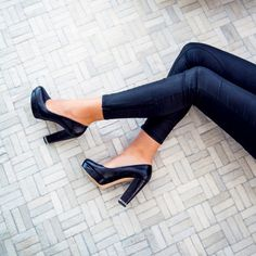 Classic black pumps with a chain detail look just as chic at the office and cocktail hour @michaelkors #spotlight