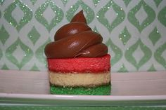 Rainbow cookie cupcakes. Put them in a jar and take along with to beach.