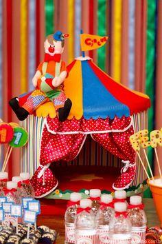 Circo - festa infantil Luana Guedes olha isso: